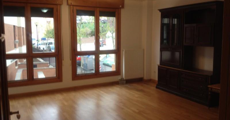 Piso amueblado o sin amueblar pisos y casas for Amueblar casa completa