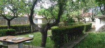 Casa con maravilloso jardín de 285 m2 en Valdealvillo