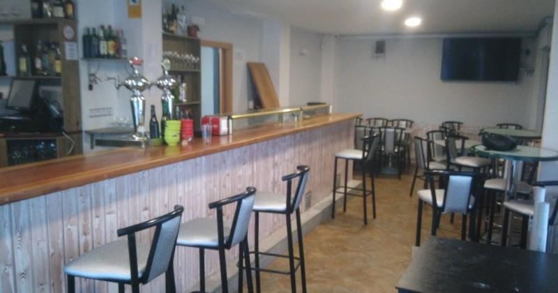 Venta alquiler de local, negocio bar completo