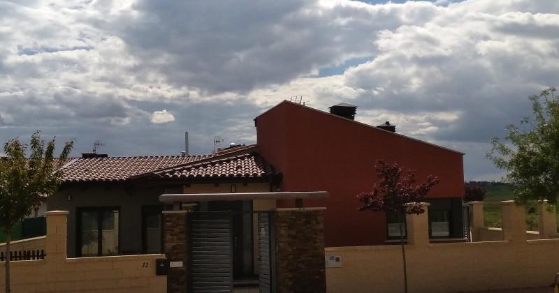 Moderna y confortable casa en Alconaba