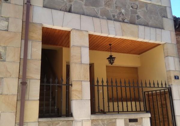 Casa piso del año 2000 en Molinos de Duero