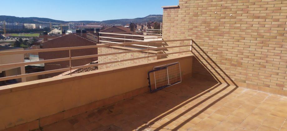 Alquiler de duplex con hermosa terraza