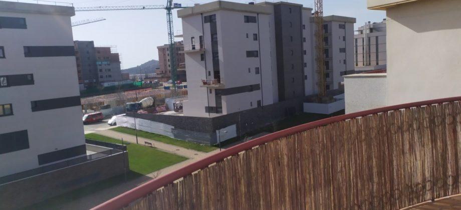 Completo piso de 85 m2., y hermosa terraza